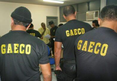 Polícia Civil e Gaeco cumprem mandado de busca e apreensão na casa de ex-prefeito de Mamanguape